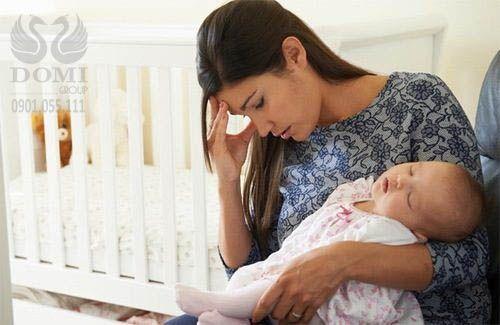 Tại sao phụ nữ thường bị Nám Tàn Nhang do rối loạn nội tiết tố sau sinh